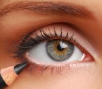 How to Find the Perfect Shade of Eyeshadow