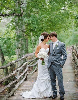 A Professional Wedding Photographers Take on Makeup!