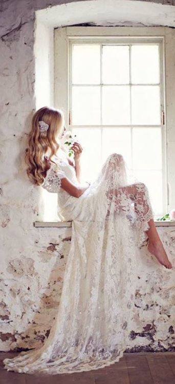 beautiful wedding gown captivating-beauty....
