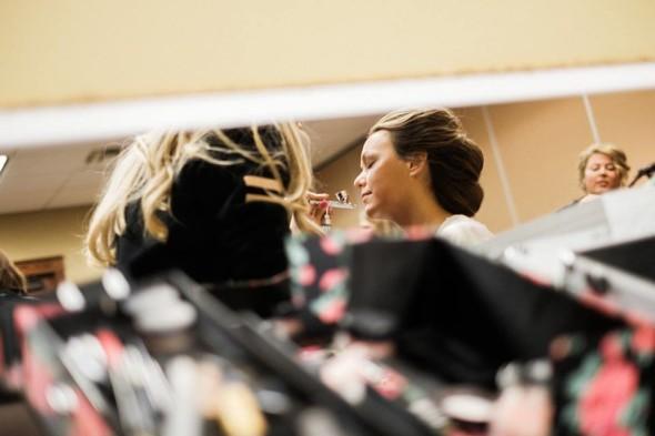 airbrush-makeup-for-brides-at-grandview-lodge-nisswa-mn