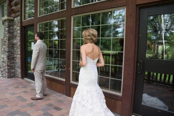 wedding-hair-on-the-white-fish-chain