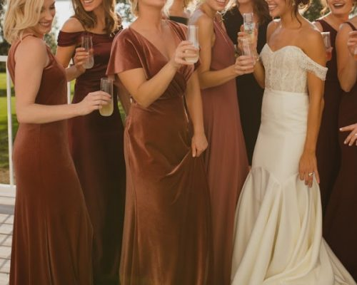 6 Things Brides Wish They Had the Day-Of Their Wedding